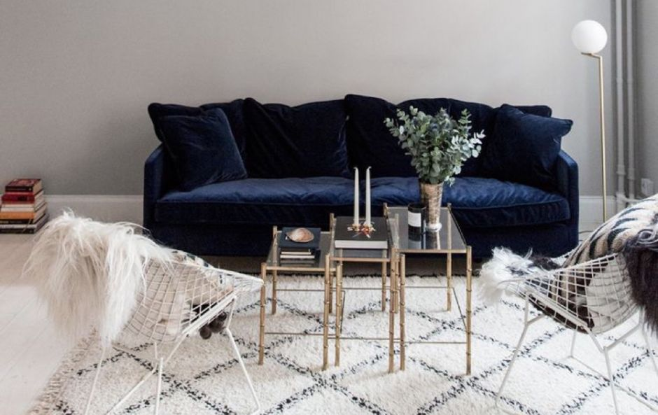 Get the look: slick navy and gold living room