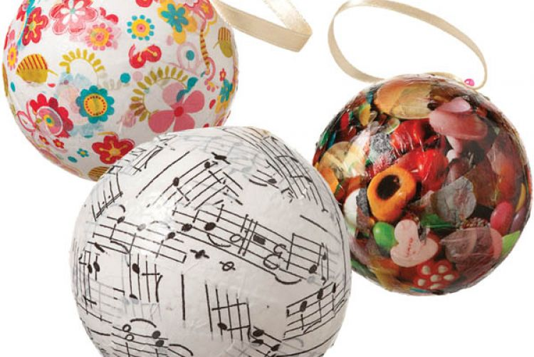 How to Make Decoupage Tree Baubles