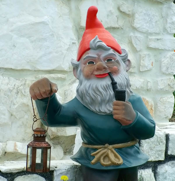 garden gnome busy at rest!