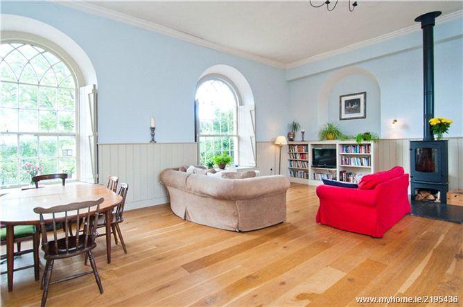 Maeve Higgins' sitting/kitchen area