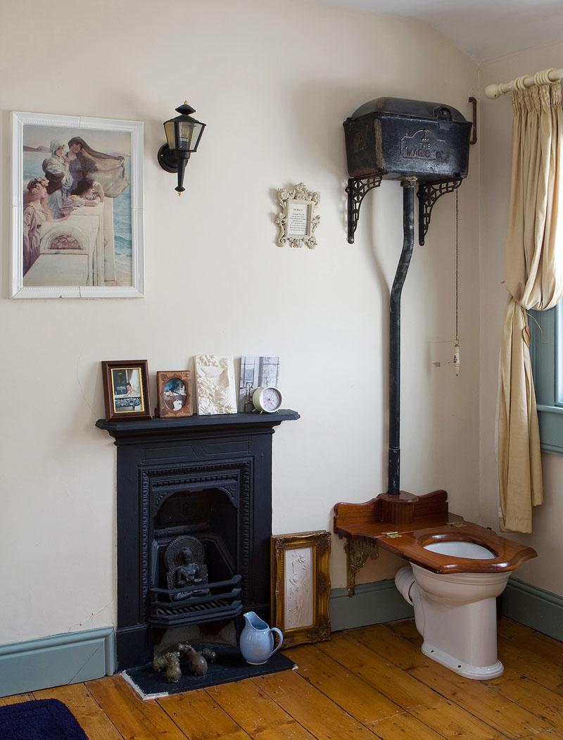 mary kingston's bathroom