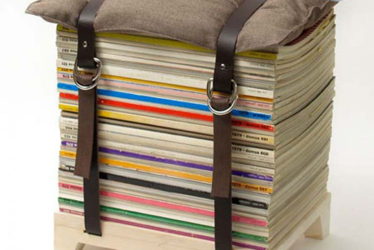 Recycle your old magazines into a footstool