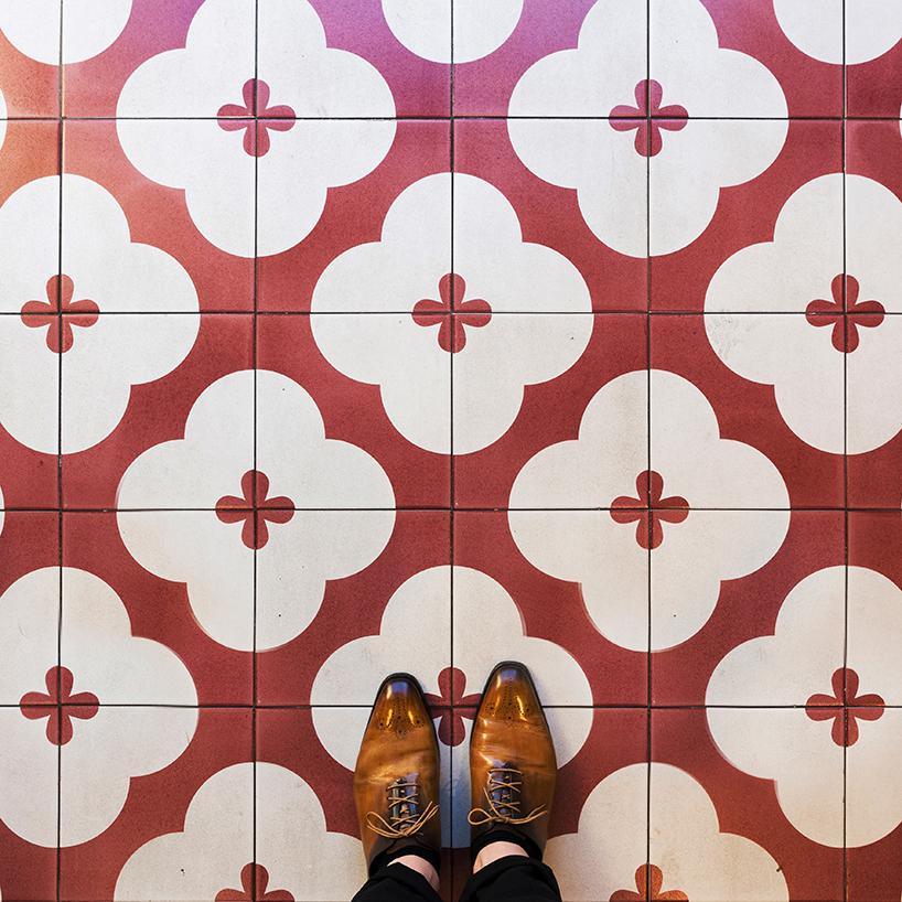 barcelona-floors-sebastian-erras-pixartprinting-designboom-01