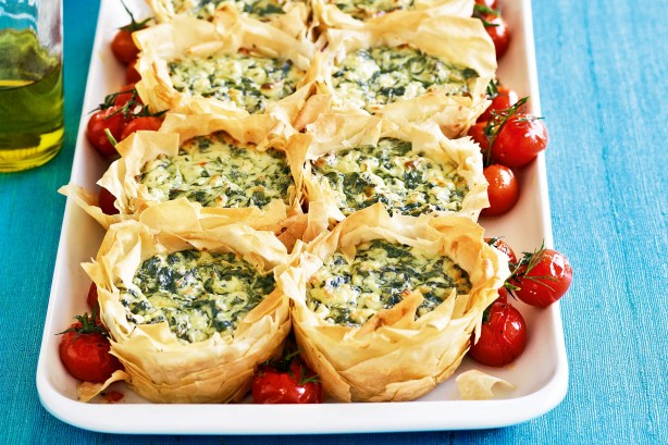 spinach-cheese-filo-pies-18580_l
