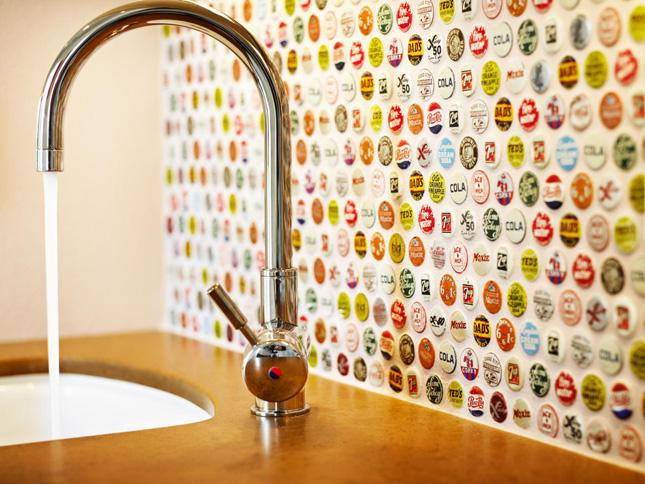 Not Your Basic Backsplash 9 Beautiful Non Tile Kitchen Backsplashes