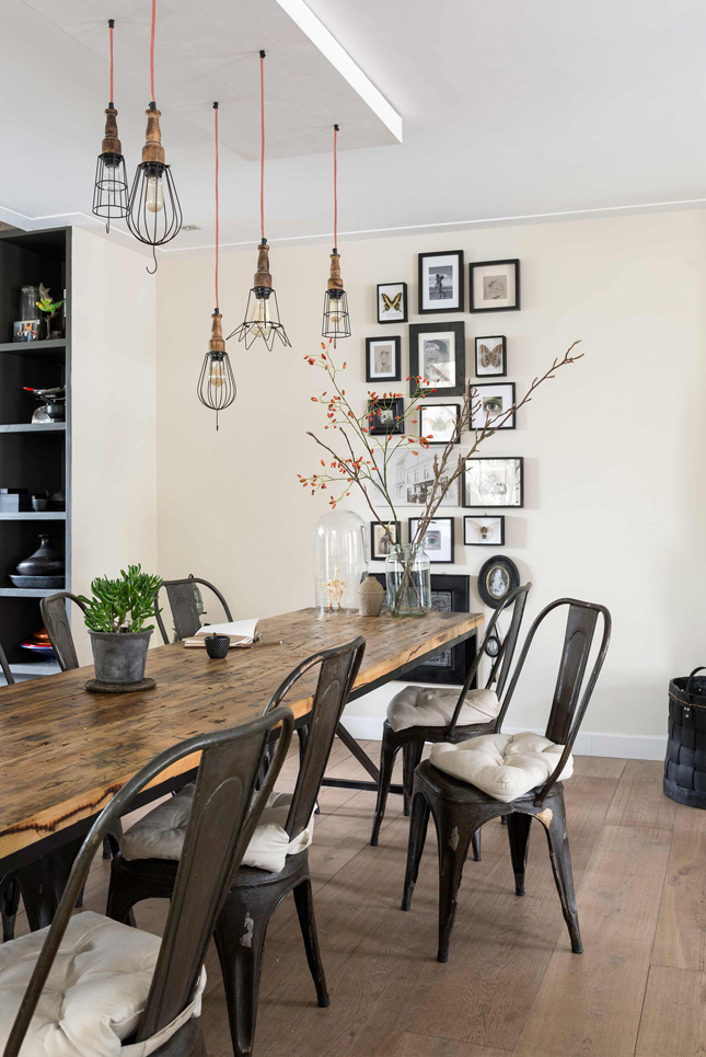 The Industrial Trend Is Showing No Signs Of Going Anywhere And One Easiest Places To Incorporate It In Your Dining Room All Those Exposed Bulbs