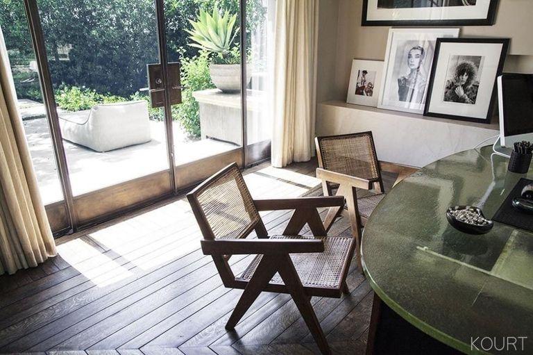 Look Inside Kourtney Kardashian S Art Filled Modern Home