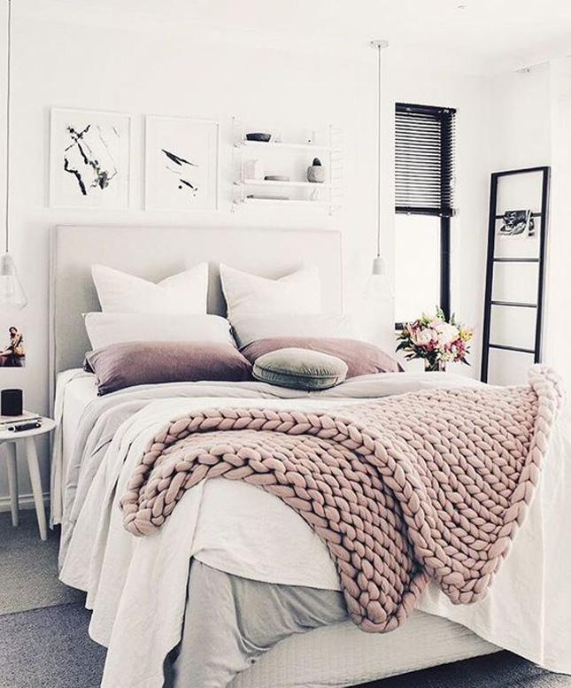 Cozy Bedrooms: 9 Ways To Create A Cozy, Welcoming Guest Room
