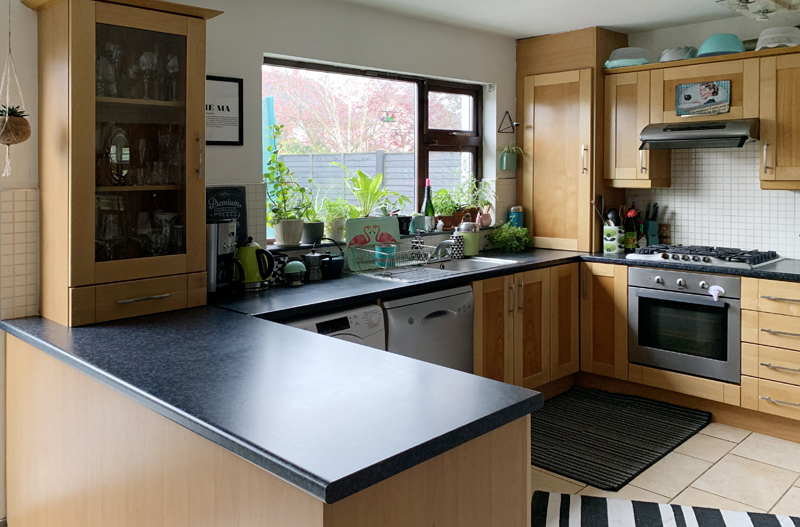 Saara McLoughlin's dated kitchen before her Crown Paints makeover
