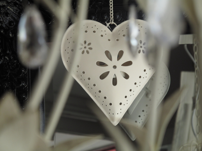 cream hanging light heart decoration