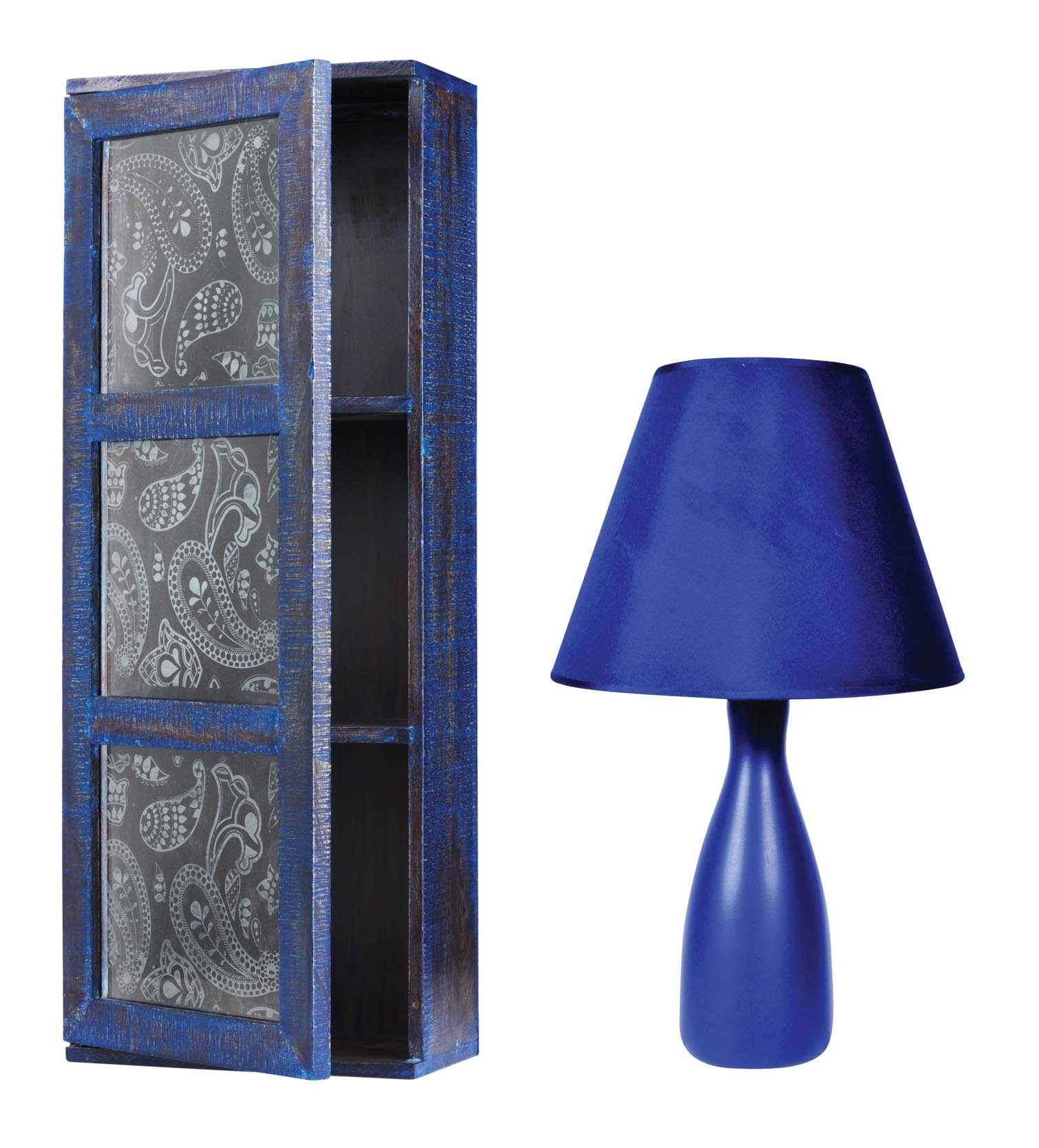 Wooden cabinet, 2593 and Lamp, €8, Heatons