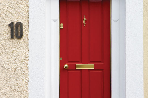 Decorating front doors and walls with taste | HouseAndHome.ie